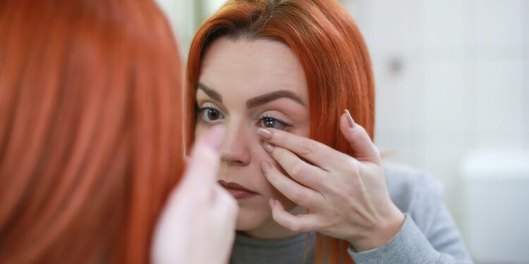 What Benefits Do Contact Lenses Have